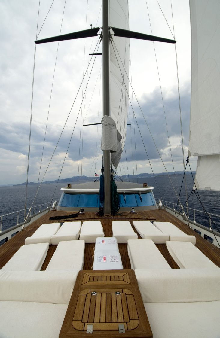 Luxury Holidays Cruising Greece